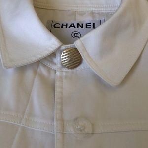 Chanel classic off white blazer - authentic!